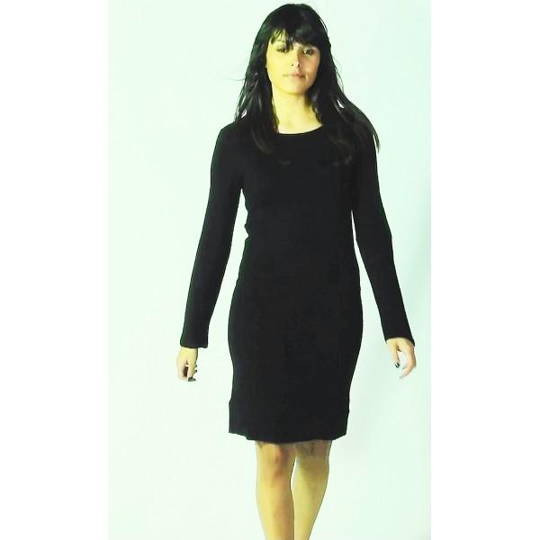 Robe noire laine manches longues